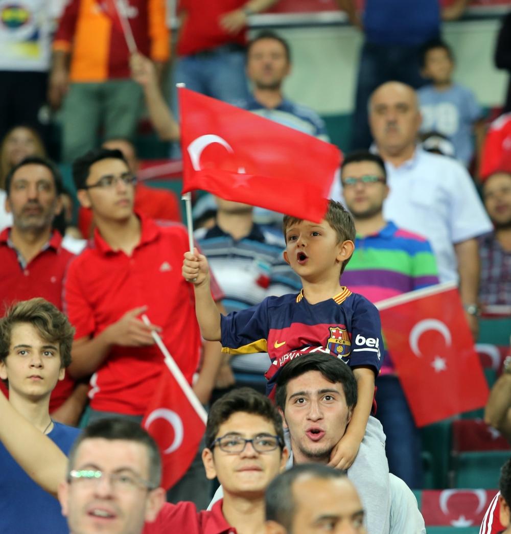 Konya'dan millilere muhteşem destek 38