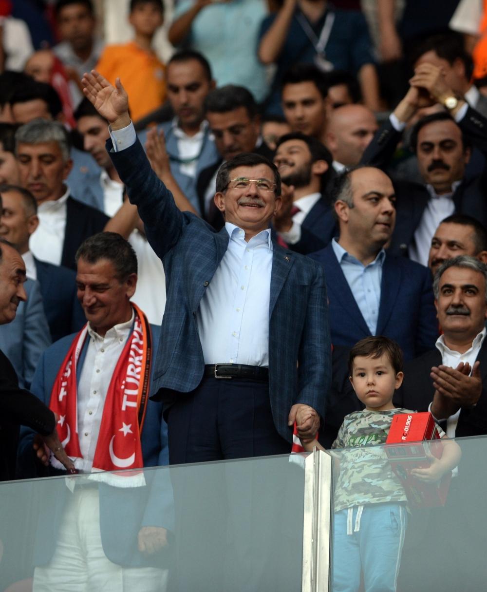 Konya'da millilere müthiş destek 22