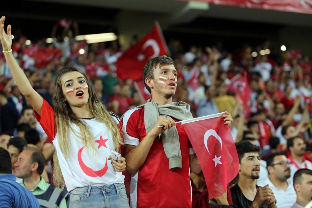 Konya'da millilere müthiş destek 28