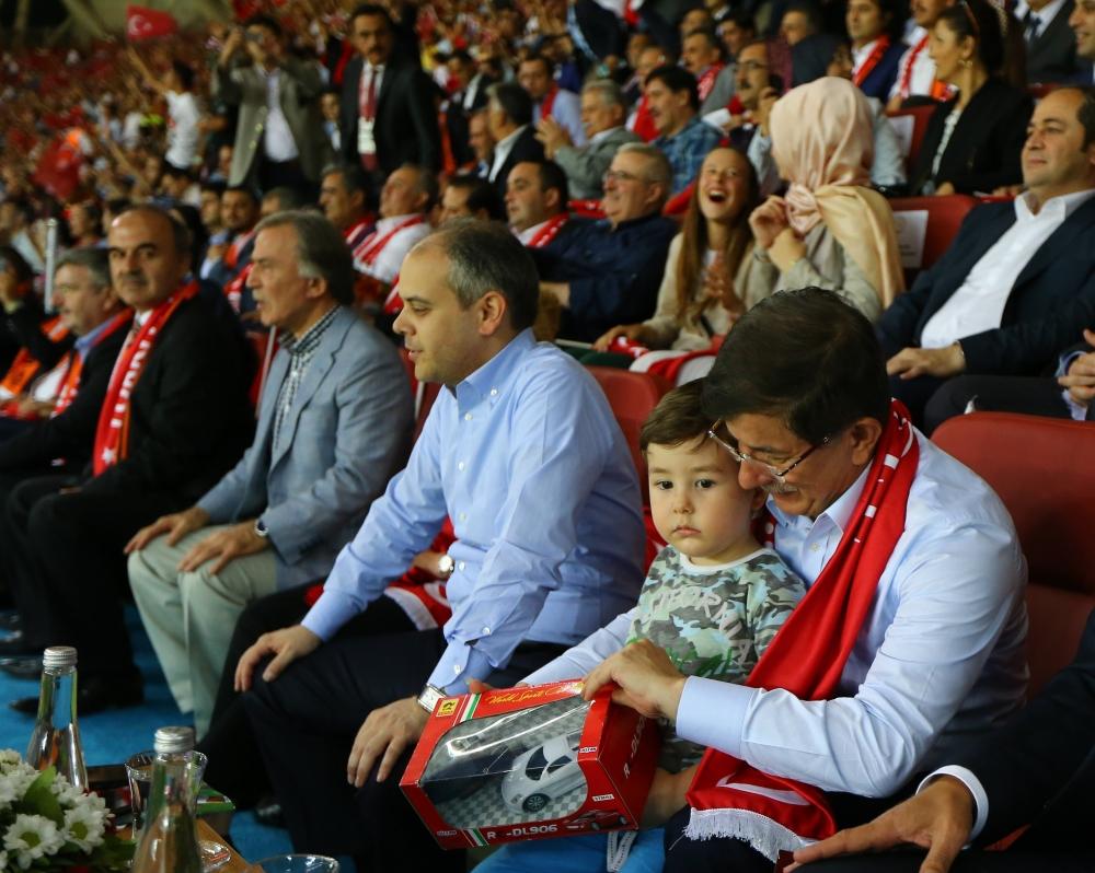 Konya'da millilere müthiş destek 3