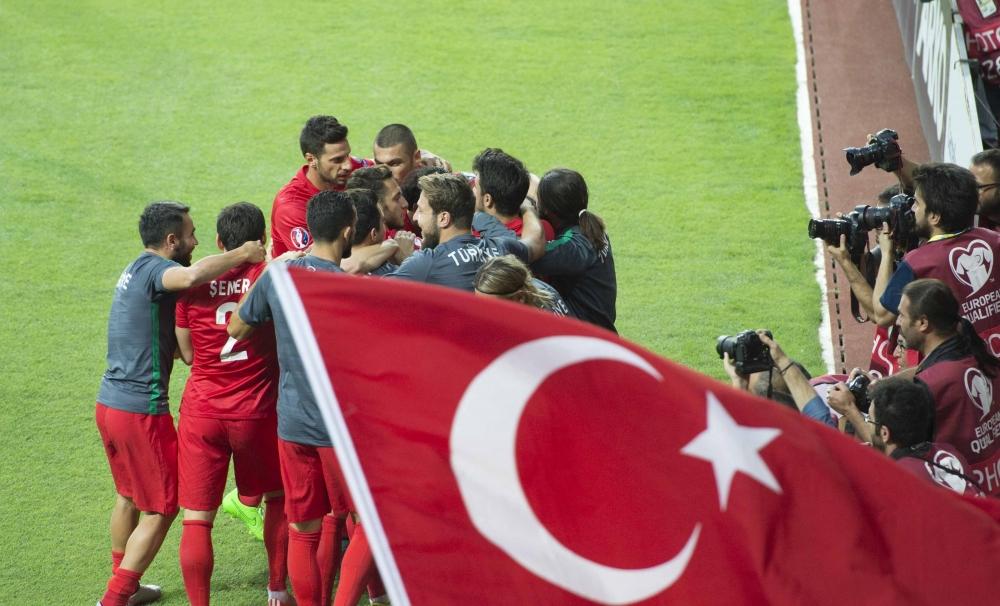 Konya'da millilere müthiş destek 8