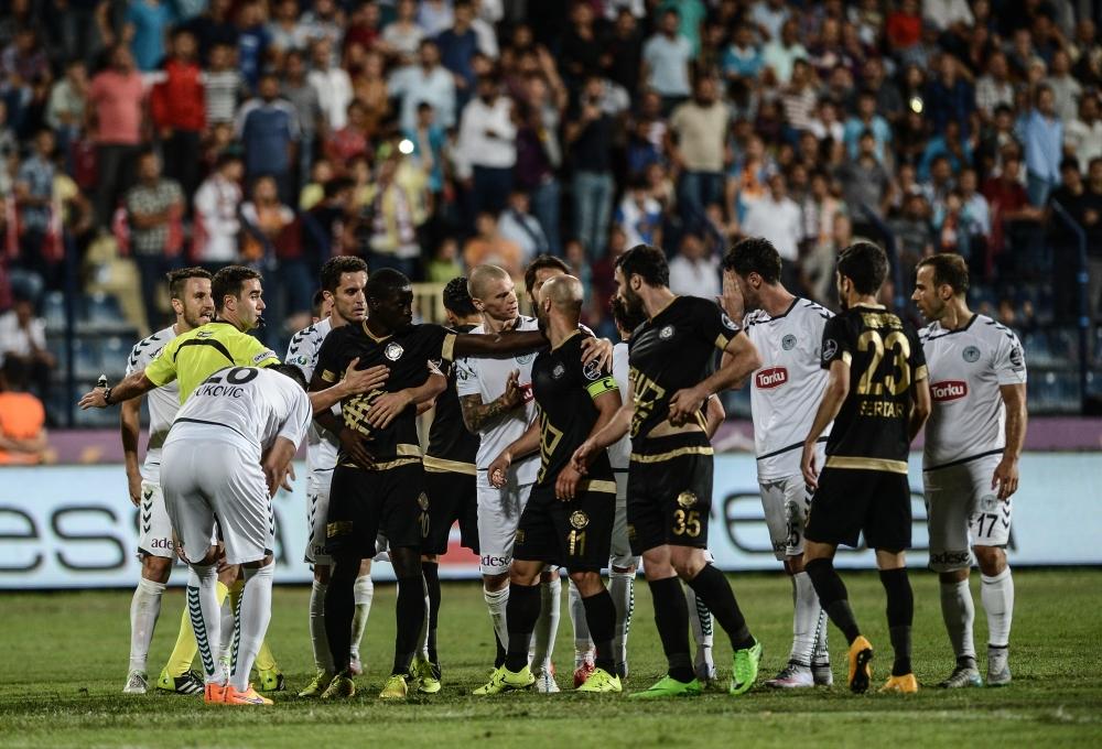 Osmanlıspor-Torku Konyaspor: 1-2 24