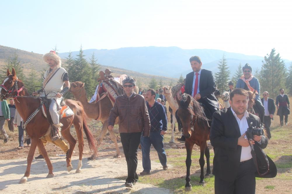 Konya'da Mazi'den Ati'ye ticaret kervanı yürüyüşü 13