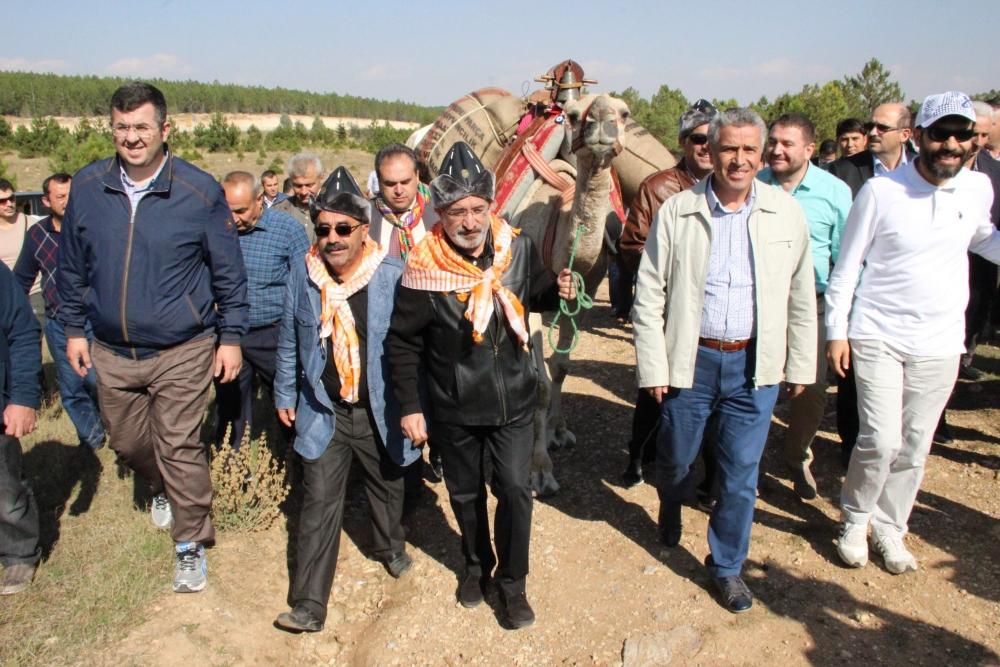 Konya'da Mazi'den Ati'ye ticaret kervanı yürüyüşü 20