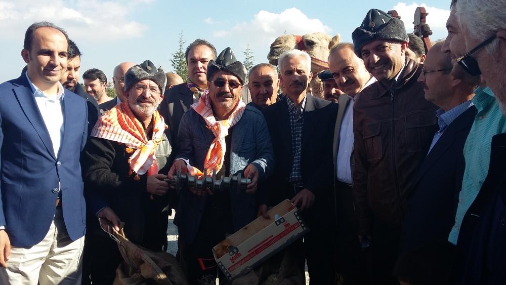 Konya'da Mazi'den Ati'ye ticaret kervanı yürüyüşü 25