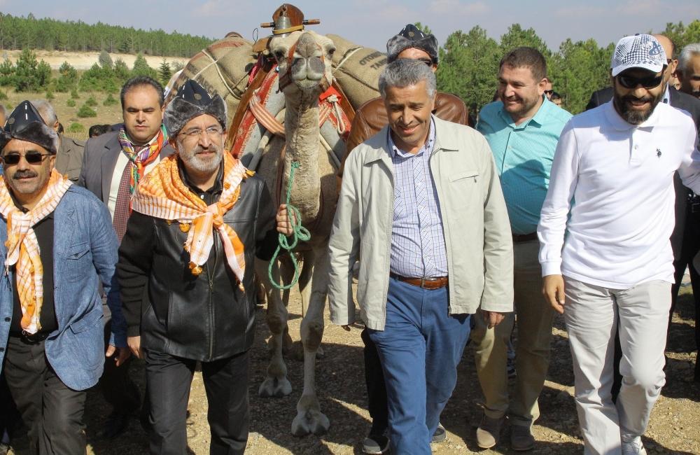 Konya'da Mazi'den Ati'ye ticaret kervanı yürüyüşü 35