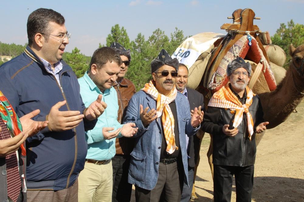 Konya'da Mazi'den Ati'ye ticaret kervanı yürüyüşü 8