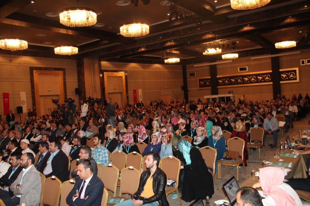 2. Uluslararası İslam Ticaret Hukuku Kongresi 22