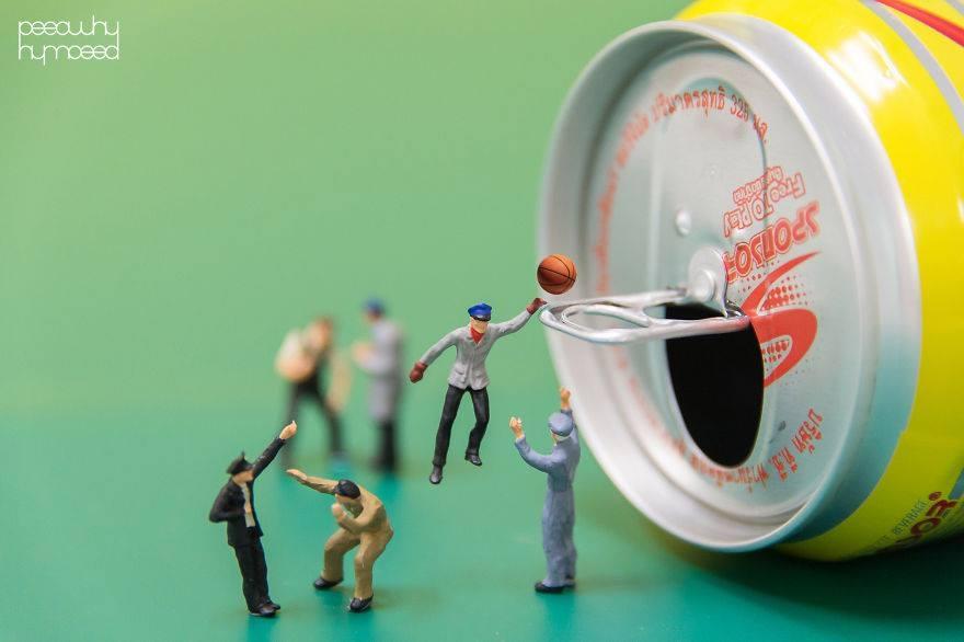 Hayatın İçine Minyatür İnsanları Yerleştiren Sanatçı 4