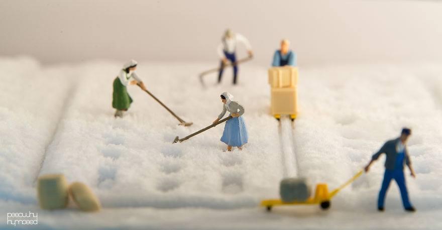 Hayatın İçine Minyatür İnsanları Yerleştiren Sanatçı 5