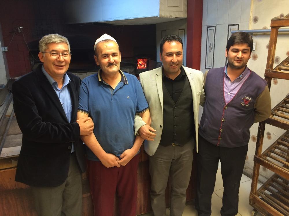 Babaoğlu, MHP'li fırıncıya verdiği sözü tuttu 6