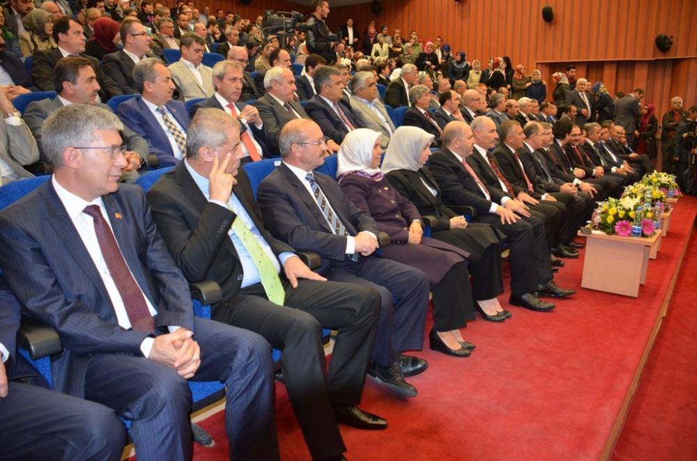 Konya milletvekilleri mazbatalarını aldı 3