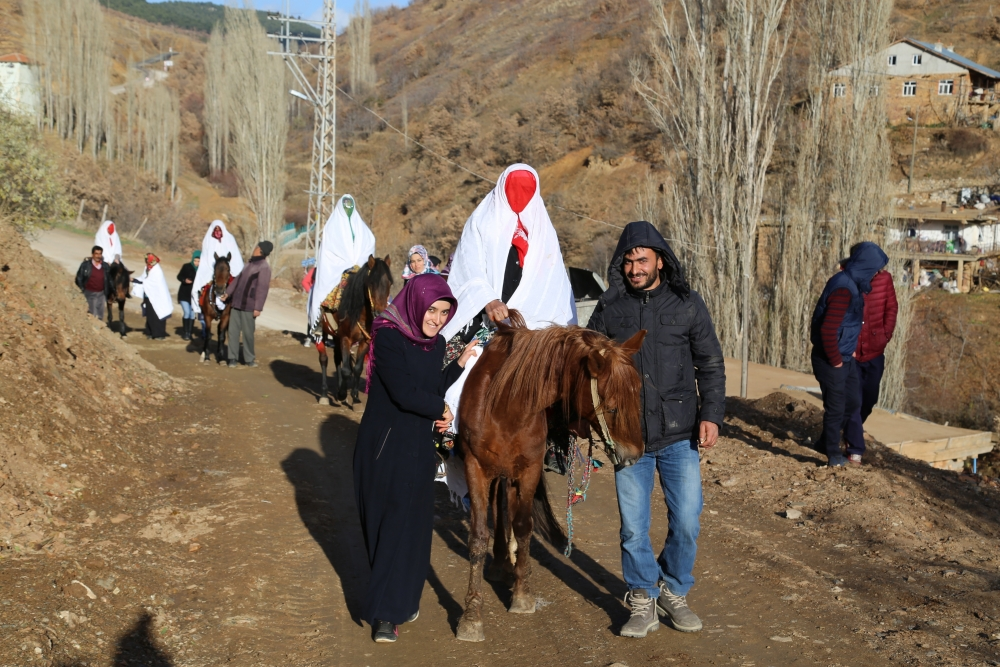 Torosların asırlık düğün geleneği 24