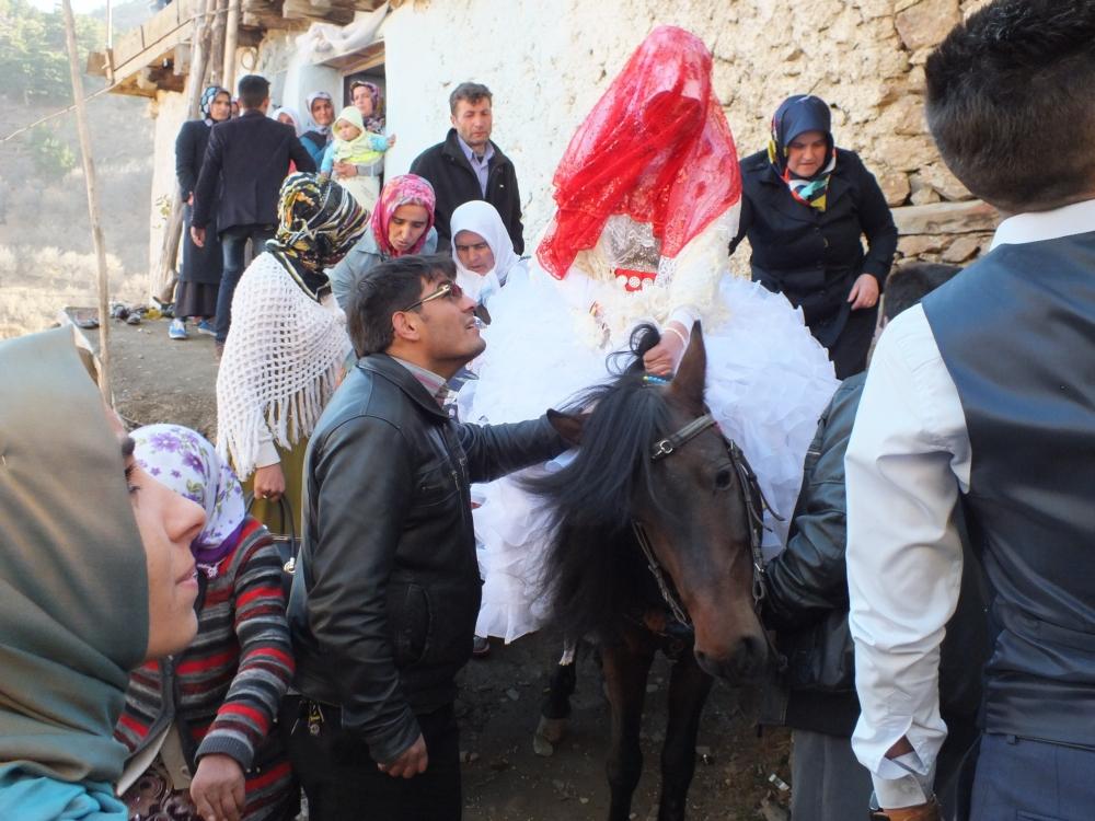 Torosların asırlık düğün geleneği 4