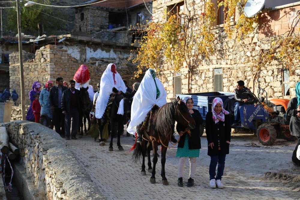 Torosların asırlık düğün geleneği 7