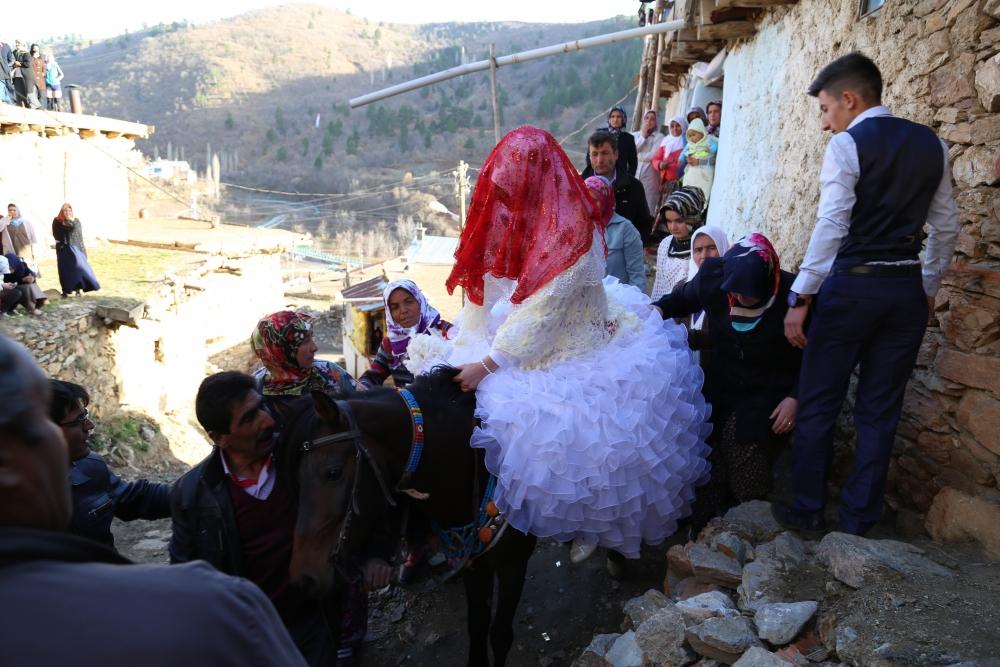 Torosların asırlık düğün geleneği 8