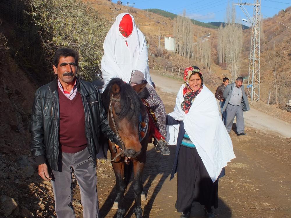 Torosların asırlık düğün geleneği 9