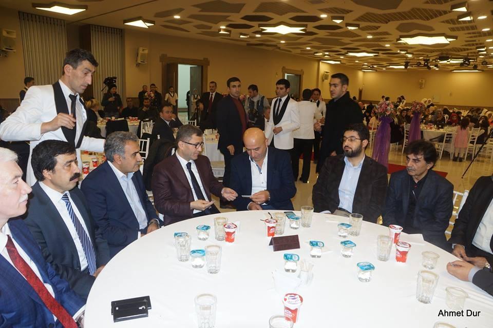 Mehir Vakfı'ndan Filistinli gençlere toplu düğün 11