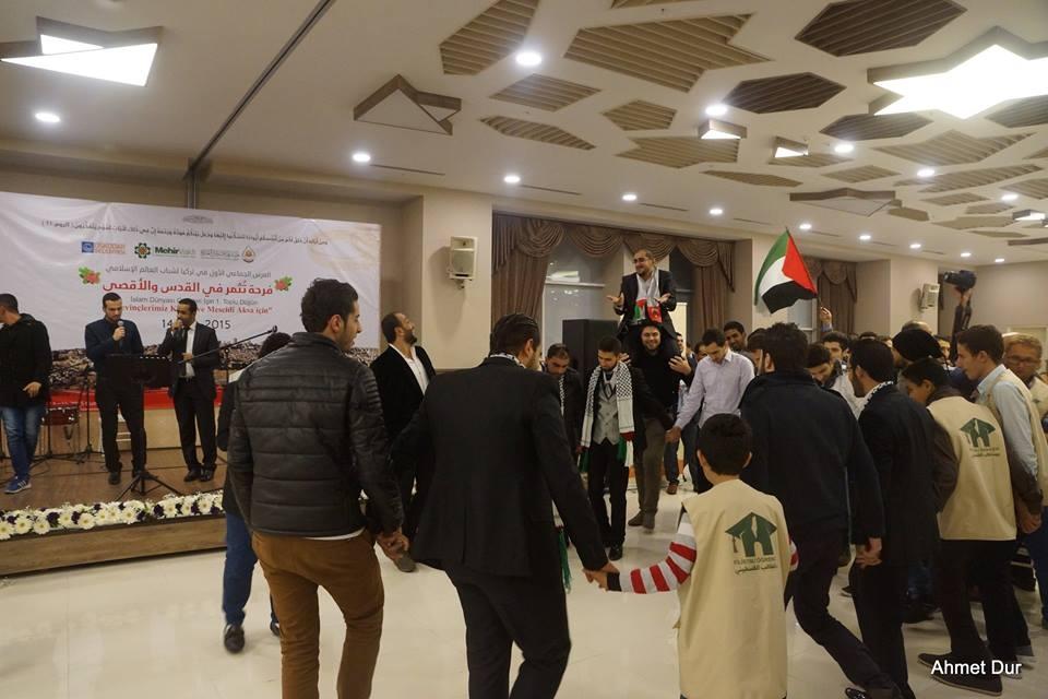 Mehir Vakfı'ndan Filistinli gençlere toplu düğün 15