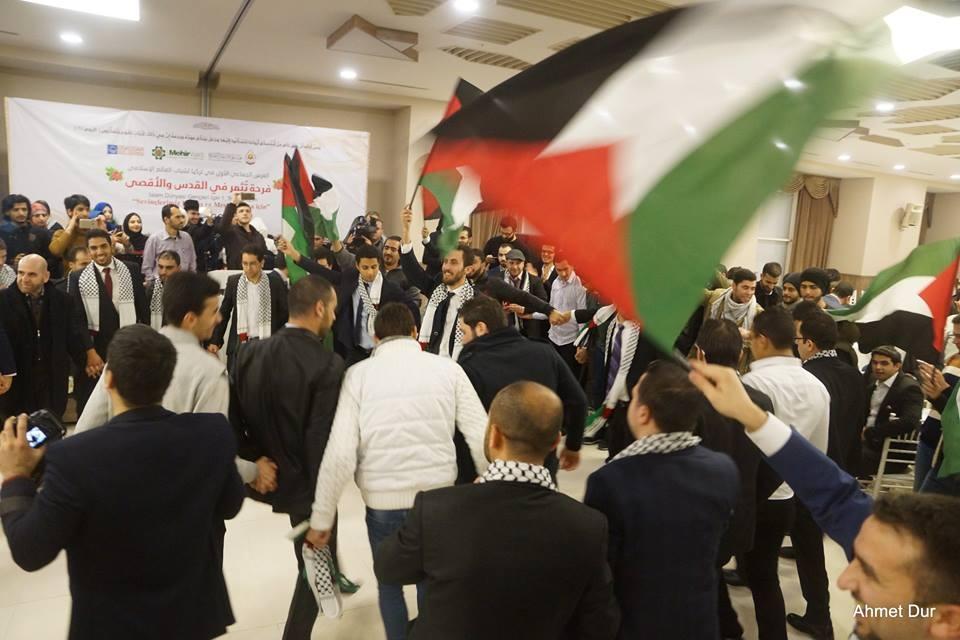 Mehir Vakfı'ndan Filistinli gençlere toplu düğün 19