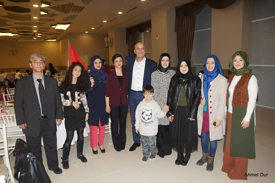 Mehir Vakfı'ndan Filistinli gençlere toplu düğün 20