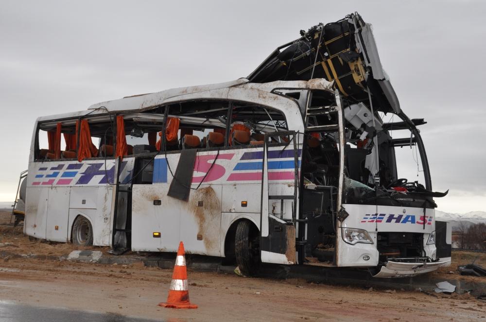 Konya'da trafik kazası: 6 ölü 10