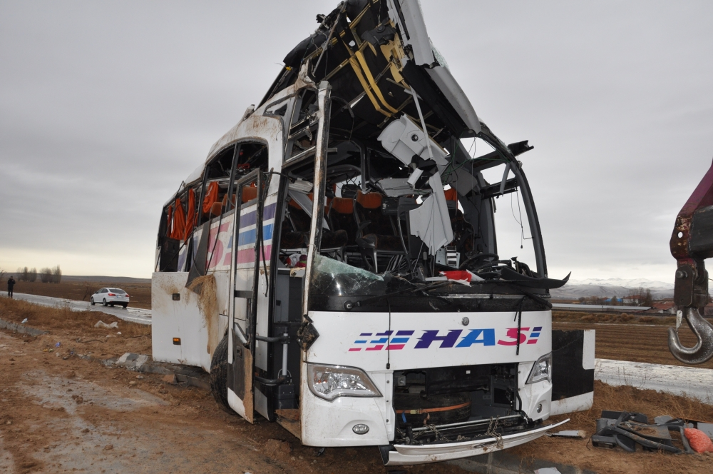 Konya'da trafik kazası: 6 ölü 11