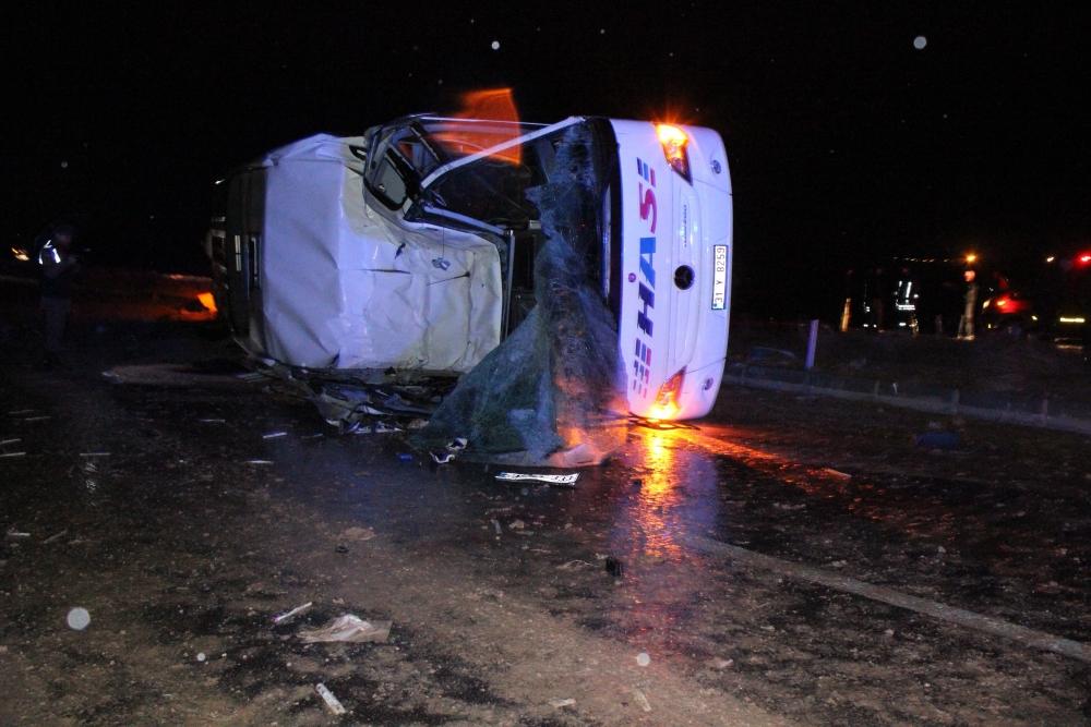 Konya'da trafik kazası: 6 ölü 2