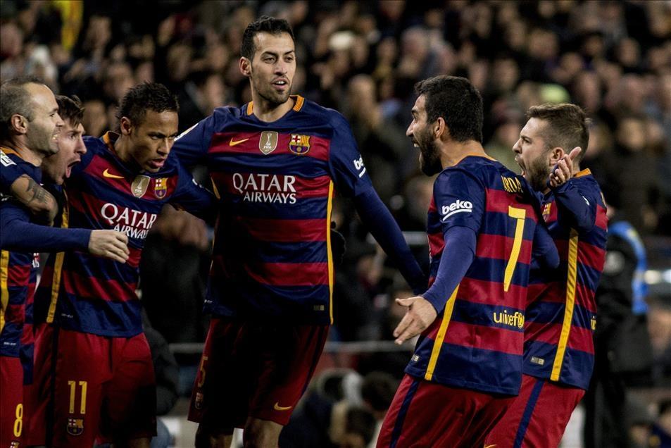 Arda Turan Barcelona'da sezonu açtı 2