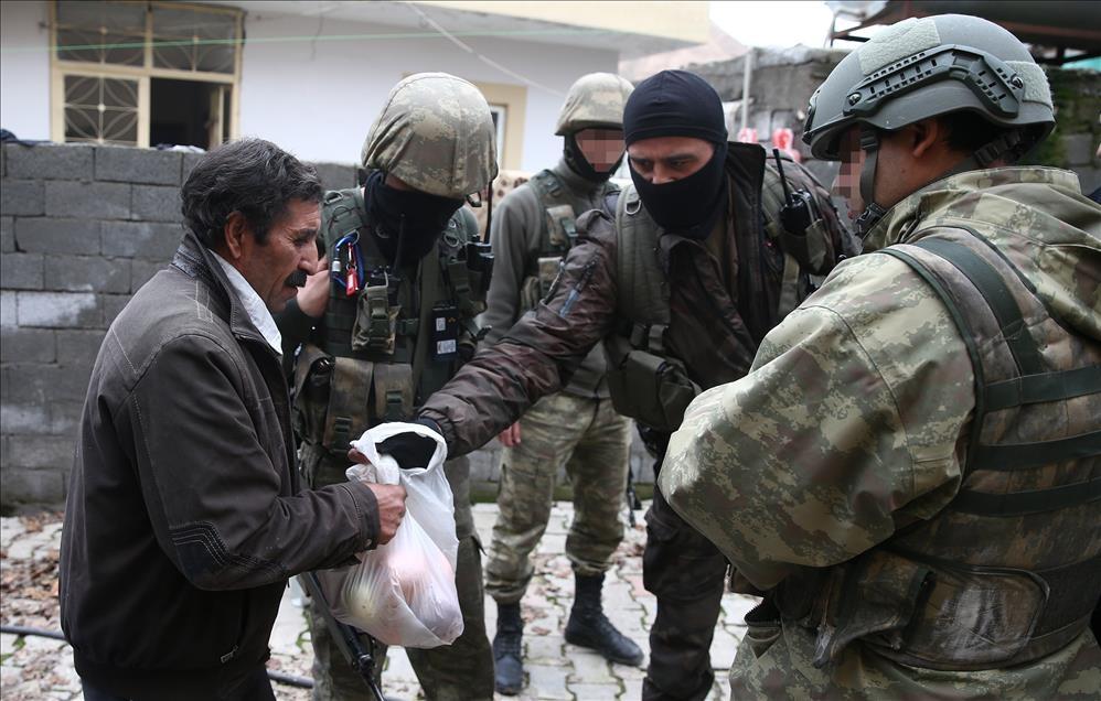 Terör engelinden Mehmetçik'e sığındılar 2
