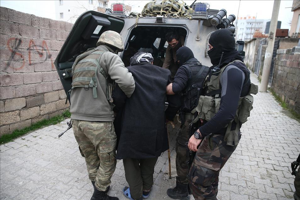 Terör engelinden Mehmetçik'e sığındılar 3