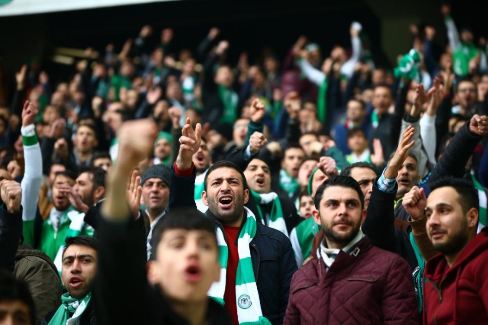 Torku Konyaspor çeyrek finalde 12