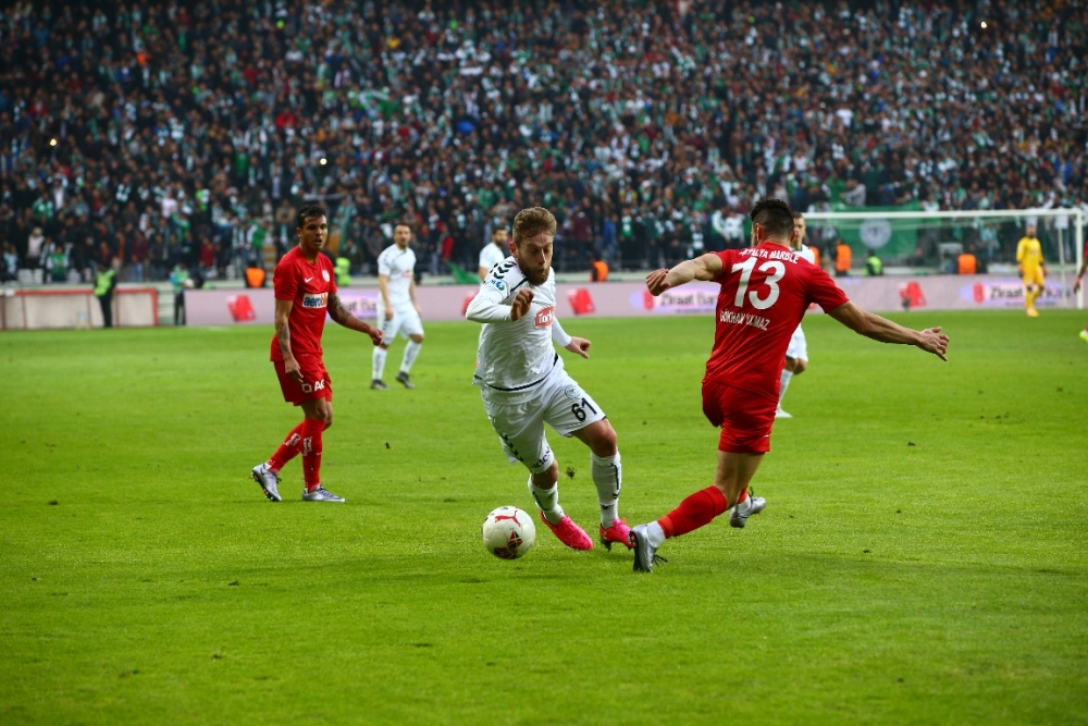 Torku Konyaspor çeyrek finalde 2