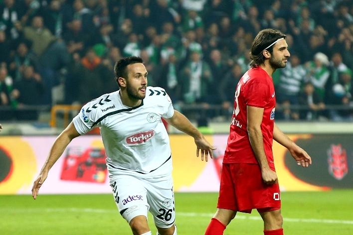 Torku Konyaspor çeyrek finalde 26