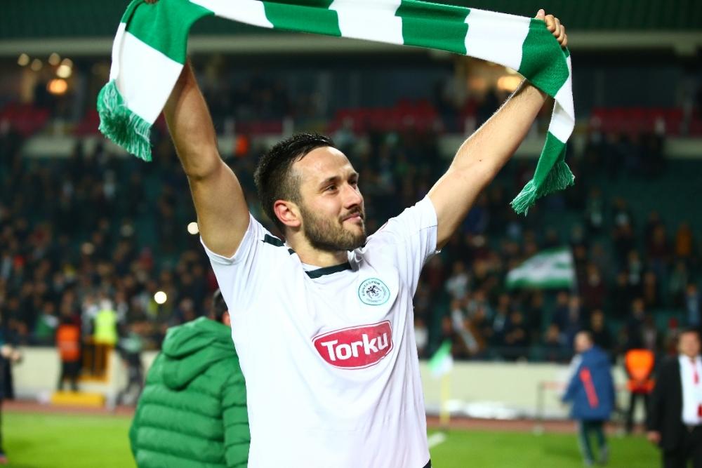 Torku Konyaspor çeyrek finalde 32