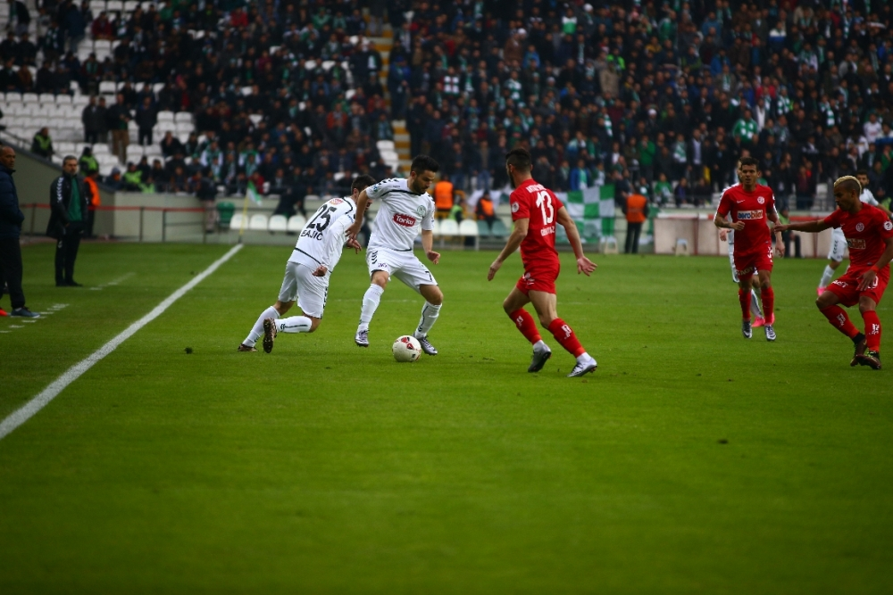 Torku Konyaspor çeyrek finalde 7