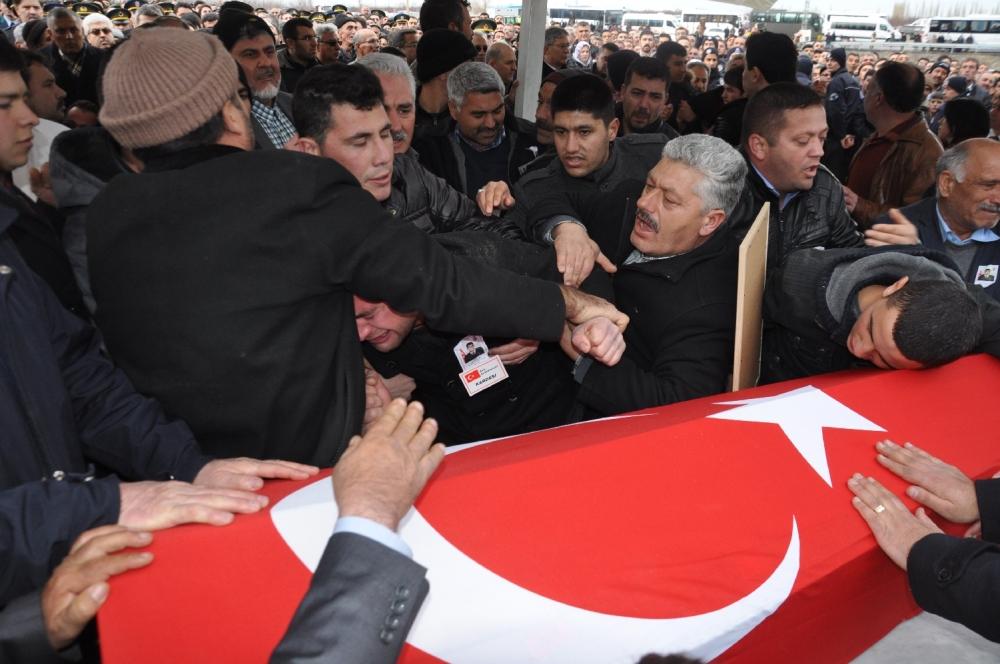 Konya, Sur şehidini son yolculuğuna uğurladı 11