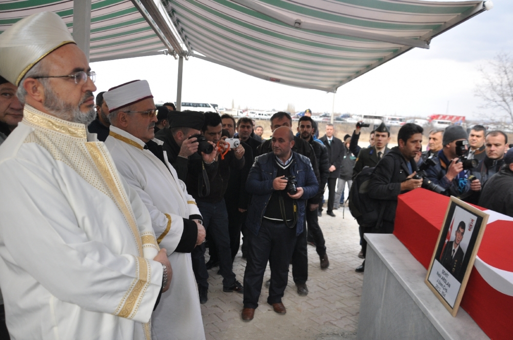 Konya, Sur şehidini son yolculuğuna uğurladı 13