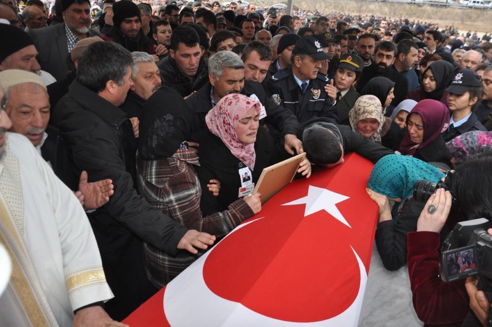 Konya, Sur şehidini son yolculuğuna uğurladı 15