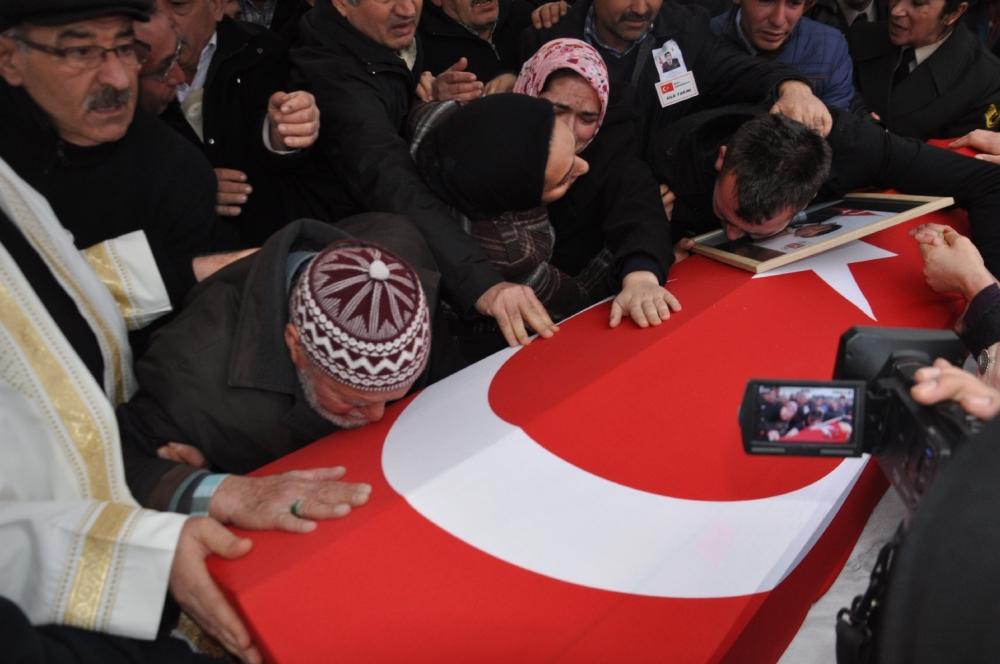 Konya, Sur şehidini son yolculuğuna uğurladı 16