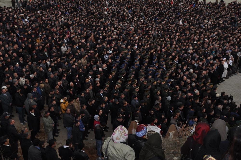 Konya, Sur şehidini son yolculuğuna uğurladı 7
