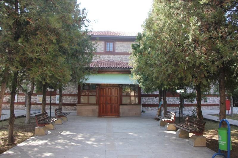 Selçuklu ve Osmanlı eserleri restore ediliyor 11