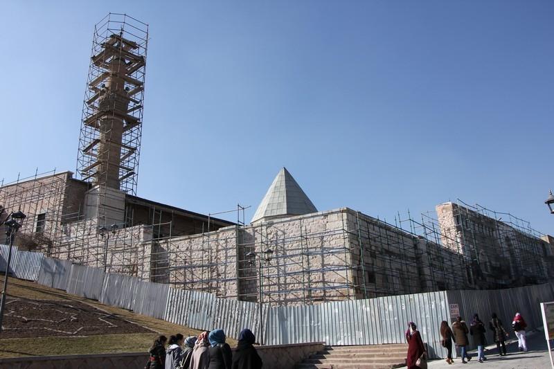 Selçuklu ve Osmanlı eserleri restore ediliyor 16