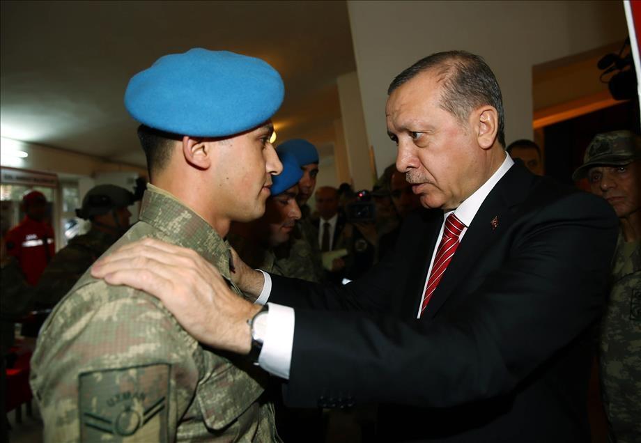 Cumhurbaşkanı Erdoğan'dan güvenlik güçlerine ziyaret 1
