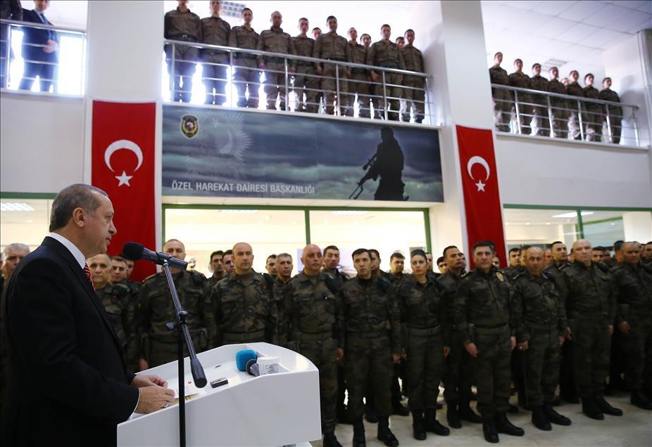 Cumhurbaşkanı Erdoğan'dan güvenlik güçlerine ziyaret 7