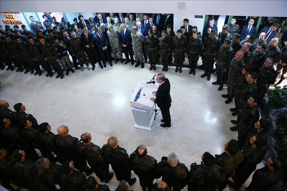Cumhurbaşkanı Erdoğan'dan güvenlik güçlerine ziyaret 8