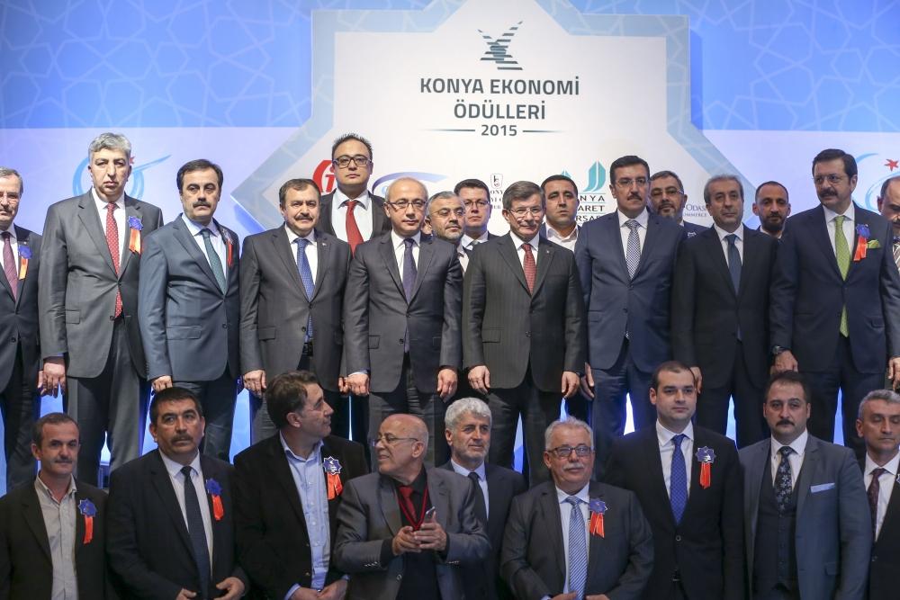 Konya Ekonomi Ödülleri sahiplerini buldu 16