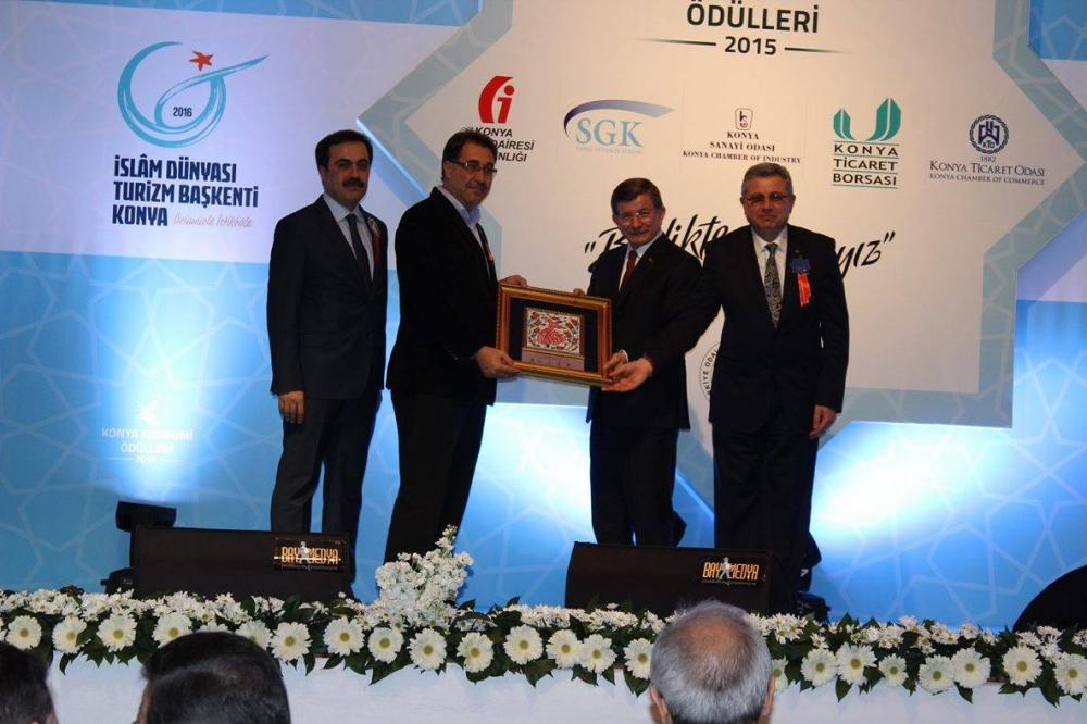 Konya Ekonomi Ödülleri sahiplerini buldu 18
