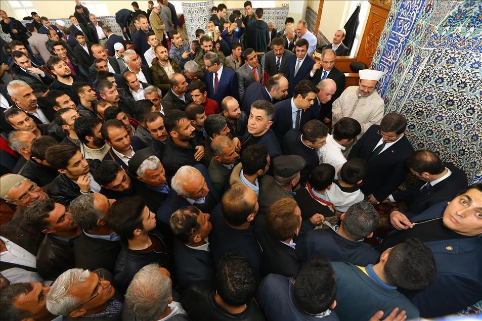 Başbakan Davutoğlu Silopi'de cuma namazı kıldı 5
