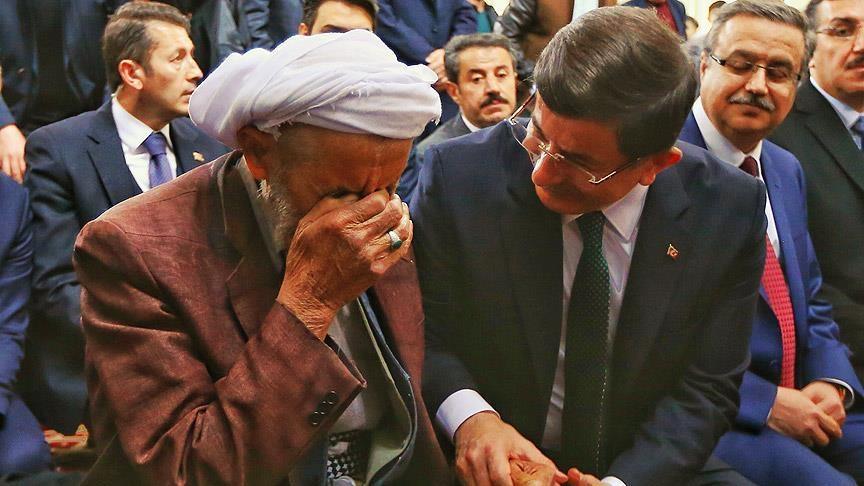 Başbakan Davutoğlu Silopi'de cuma namazı kıldı 7